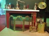 Ξυλοθήκες - Παραβάν τζακιού - Τραπέζια